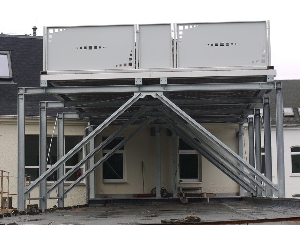 Sonstiger Stahlbau Balkone , Fluchttreppen