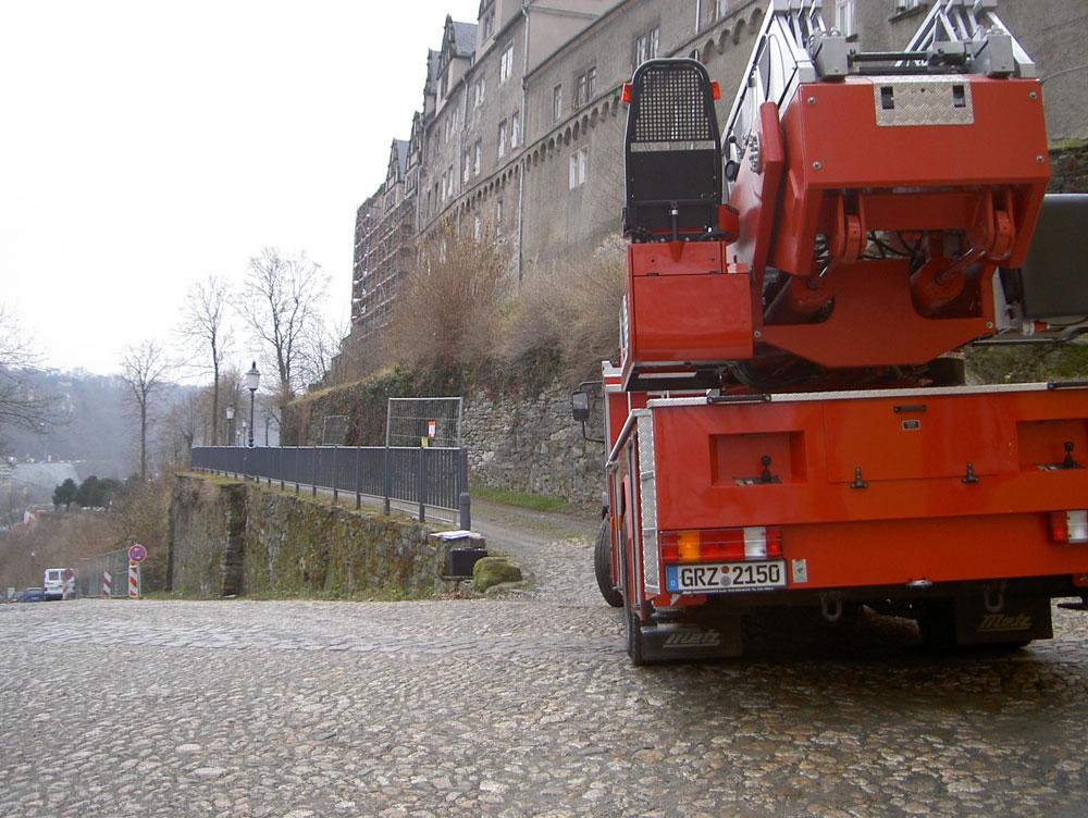 Stützwand Oberes Schloss, Feuerwehrzufahrt