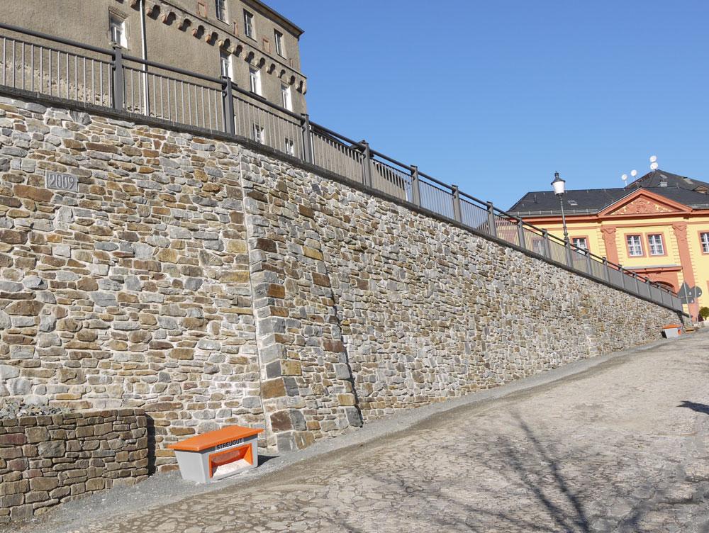 Sicherung Feuerwehrzufahrt Schlossberg in Greiz